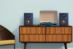 Aurender S5W – компактная полочная беспроводная акустика