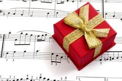 10 идей музыкальных подарков себе и любимым